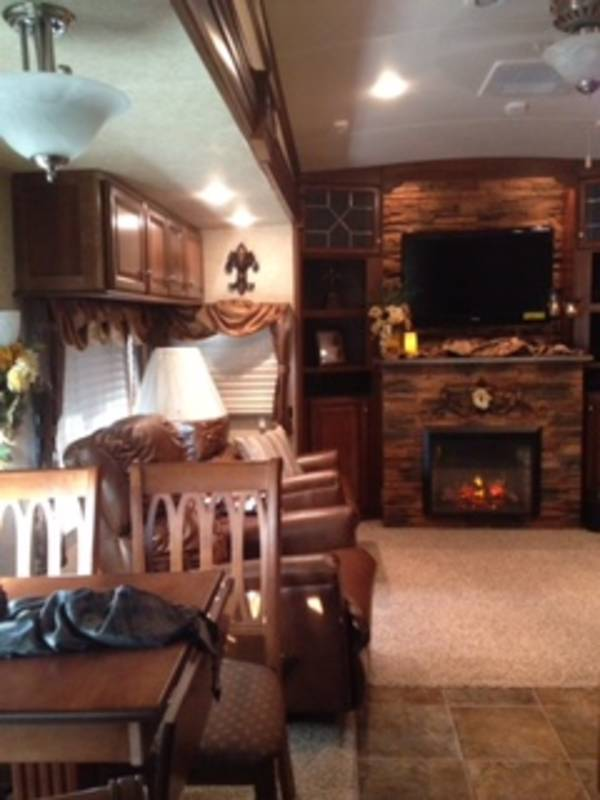 2013 Forest River Cardinal 3675RT