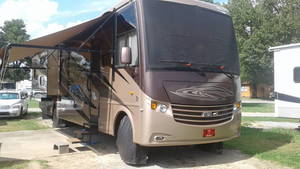 2012 Newmar Canyon Star 3810