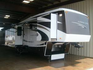2009 Carriage Carri-Lite 36SBQ