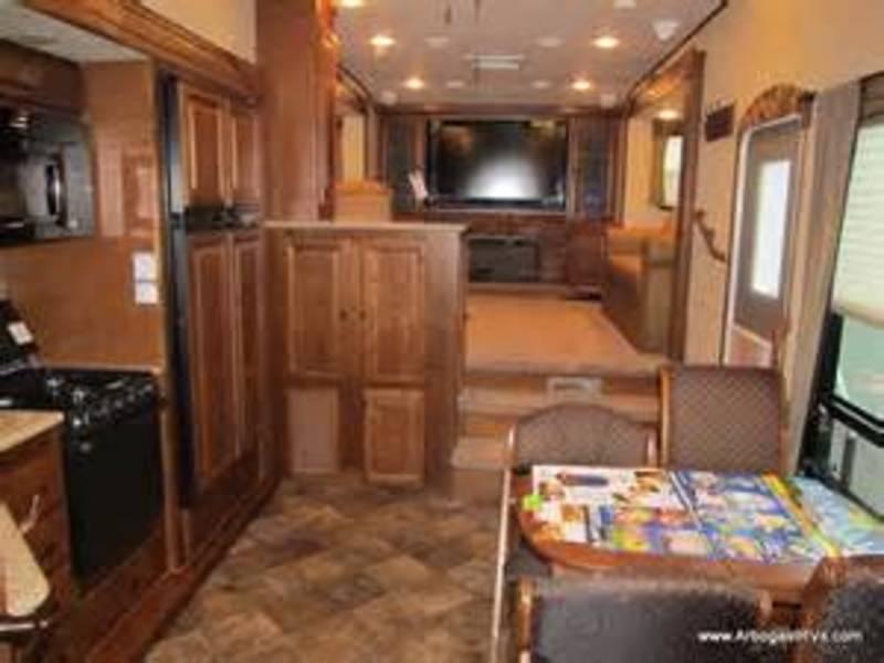2013 Heartland Bighorn 3855FL