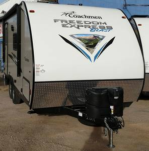 2017 Coachmen Freedom Express Blast 17 BLSE