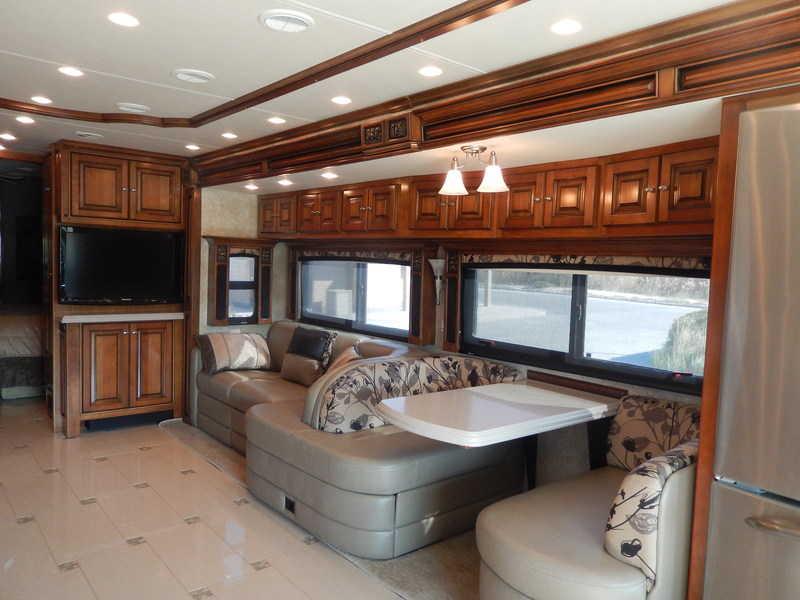 2010 Tiffin Allegro Bus 43QBP