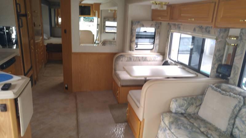 2004 National RV Sea Breeze LX 8341