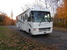 2004 National RV Sea Breeze LX 8341
