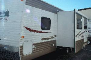 2011 Riverside Travel Trailer  25RBS