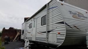 2011 Heartland Edge trailer runner