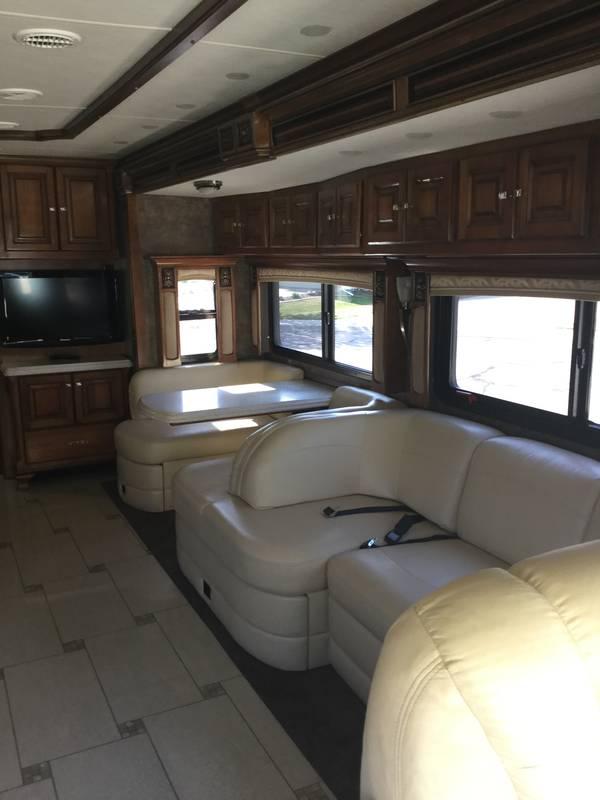 2011 Tiffin Allegro Bus 36QSP