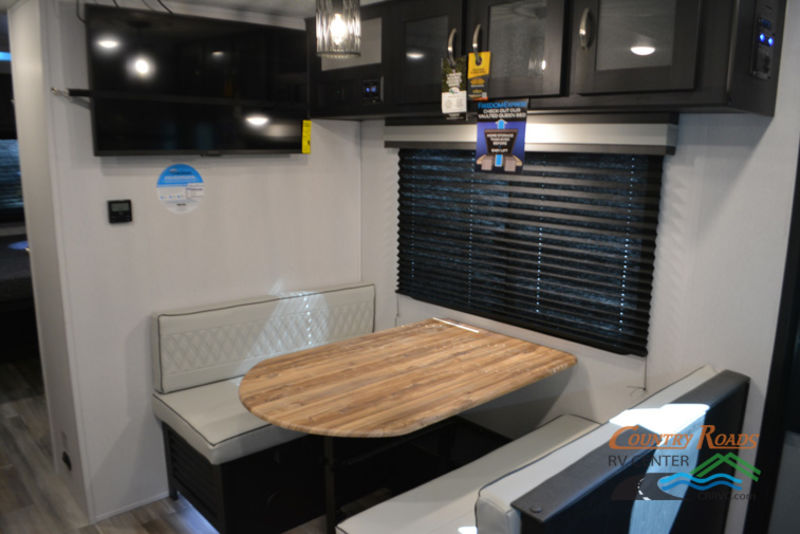 2018 Coachmen Freedom Express 246RKS