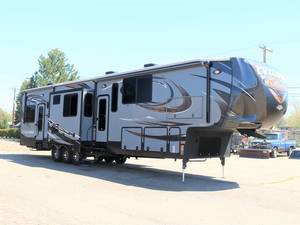 2015 Heartland Cyclone HD Edition 4150