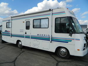 1994 Winnebago Warrior 27
