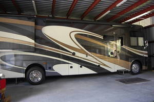 2016 Thor Motor Coach Miramar 34.1