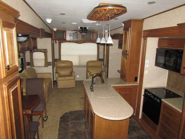 2012 Heartland Bighorn 3670RL