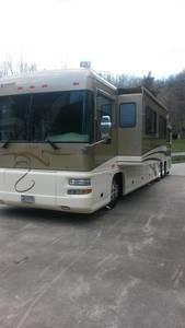 2002 Foretravel Motorcoach Unicoach FTC 02 4020 AGDS U320T E31
