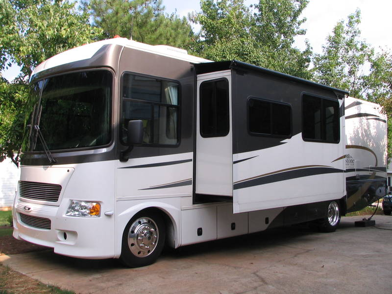 Fantastic 2008 Gulf Stream Yellowstone 8359 Class A  Gas RV For