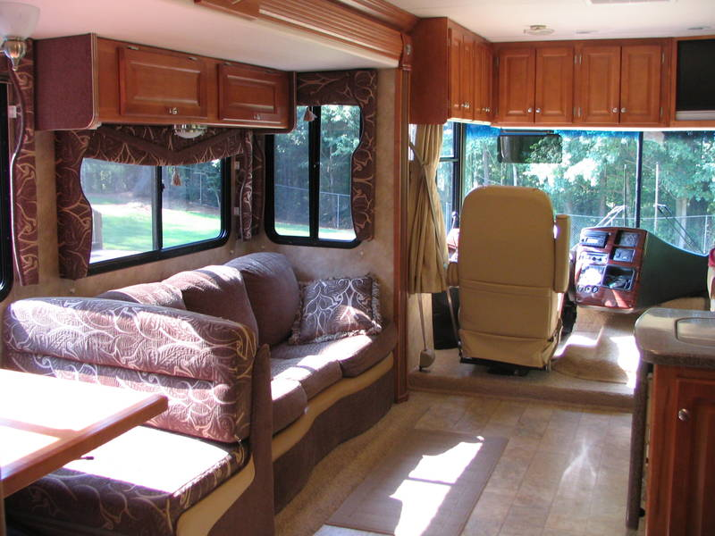 Creative 2008 Gulf Stream Yellowstone 8359 Class A  Gas RV For