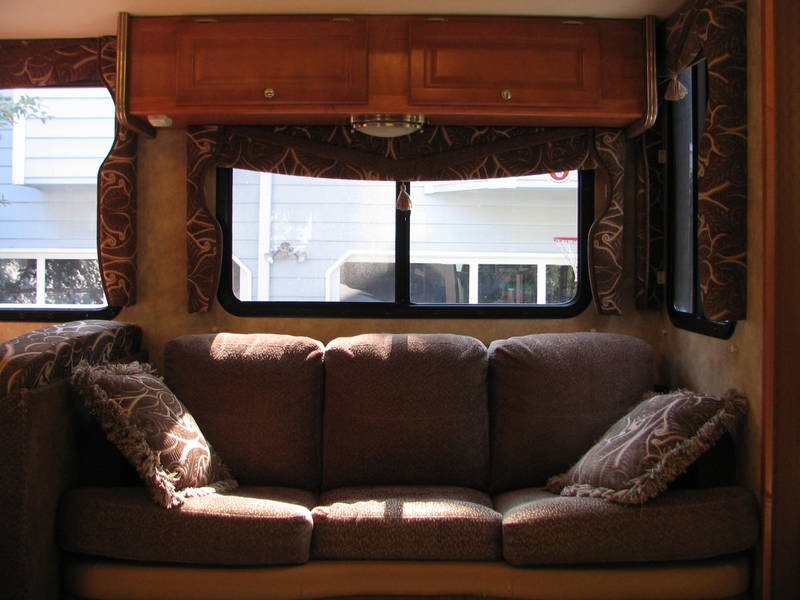 Cool 2008 Gulf Stream Yellowstone 8359 Class A  Gas RV For