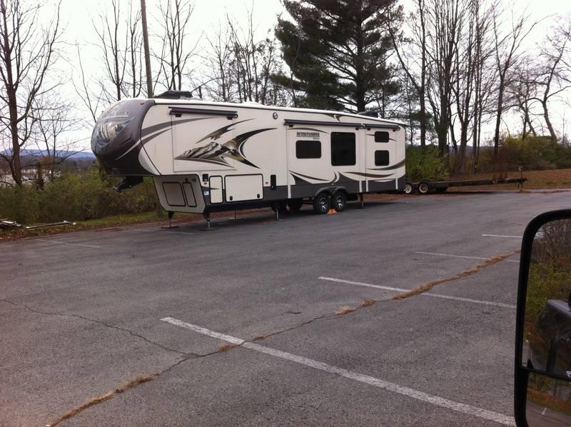 2015 Keystone Mountaineer 350QBQ