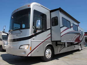 2010 Winnebago Journey 40L