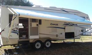 2005 Keystone Cougar 276 EFS