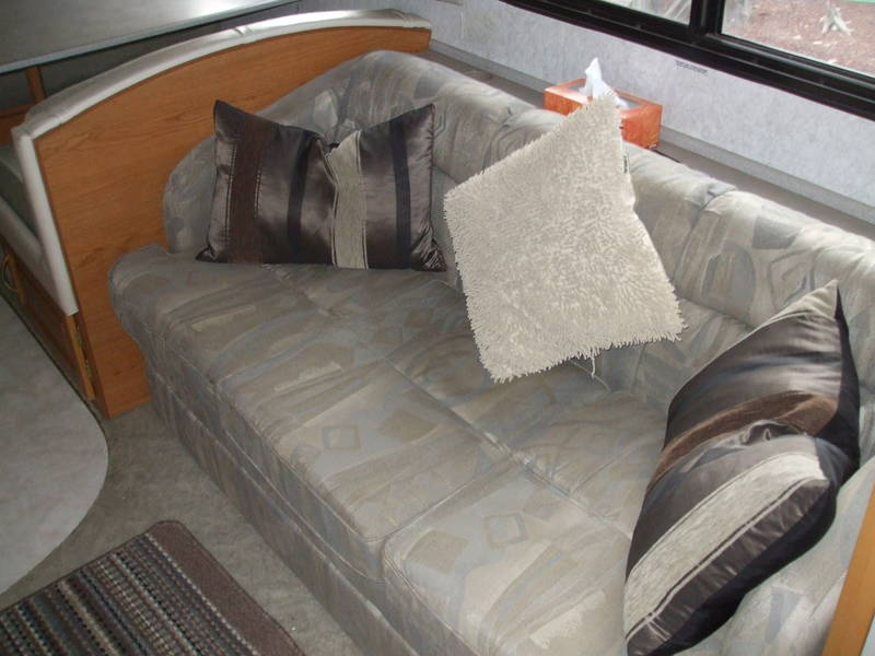 2001 Fleetwood Bounder Expedition