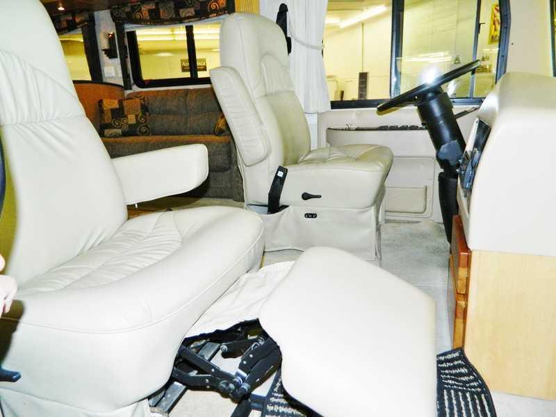 2006 Monaco Knight 40PLQ
