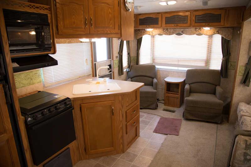2005 Keystone Cougar 276EFS