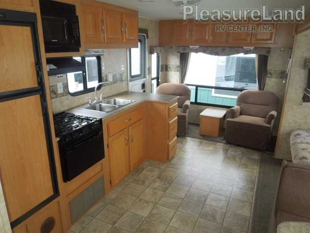 2008 Coachmen Spirit Of America 28rls Travel Trailers Rv