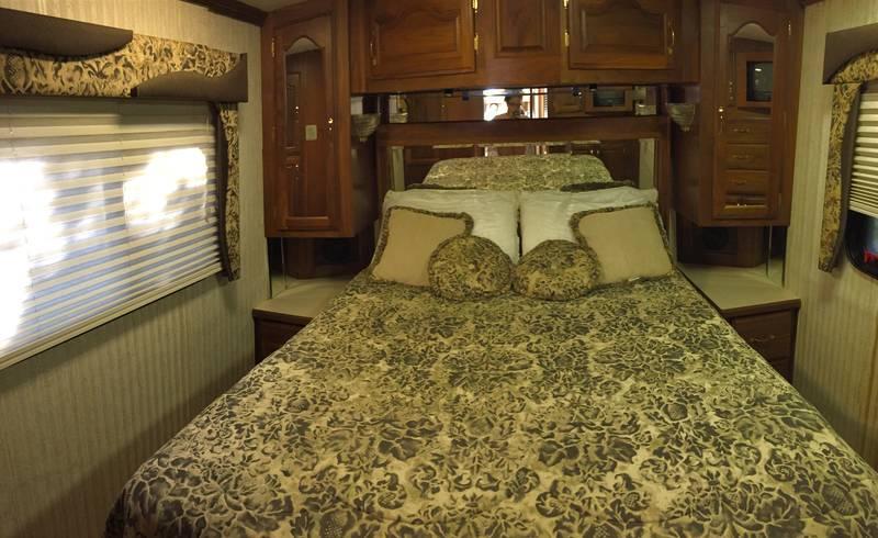 1998 Fleetwood American Dream 71093VS