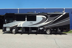 2018 NeXus RV Bentley 34B