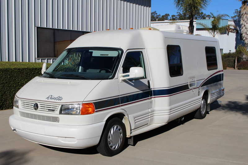 1997 winnebago rialta 22rd class b rv for sale in nipomo california russell dillingham rvt. Black Bedroom Furniture Sets. Home Design Ideas