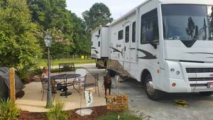 2008 Winnebago Sightseer 35J Bunkhouse