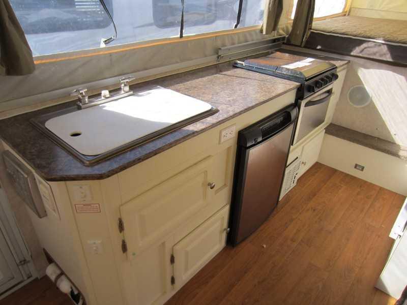 2009 Rockwood Tent Camper HW276