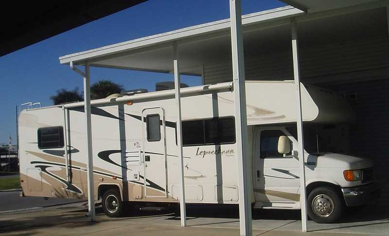 2006 Coachmen Leprechaun 317KS