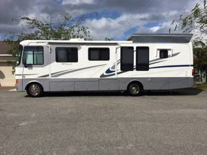 2002 Monaco Monarch 34PBD