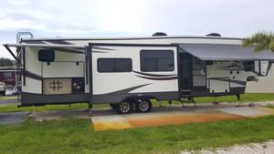 2015 Heartland Oakmont 395QB
