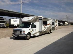 2013 Winnebago Aspect 30C