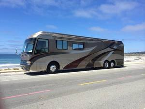 2008 Country Coach Magna 630 Rembrandt