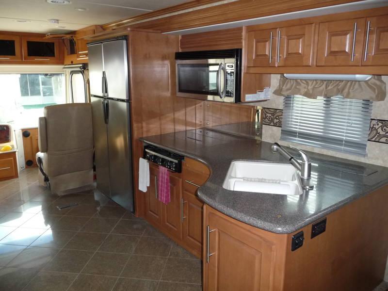 2011 Coachmen Sportscoach Pathfinder 405FK