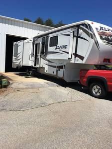 2013 Keystone Alpine 3250RL