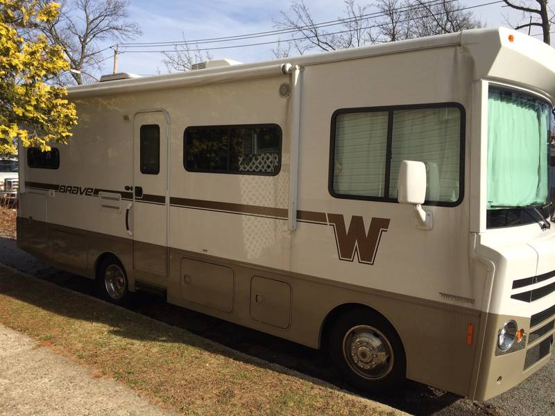 Elegant 1988 Winnebago 350 For Sale By Owner  Milton FL