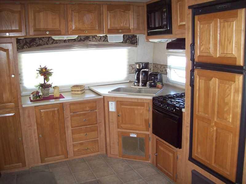 2006 Forest River Rockwood 8296SS