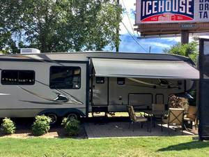 2013 Coachmen Chaparral Signature 343