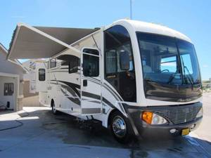 2004 Fleetwood Pace Arrow 37C