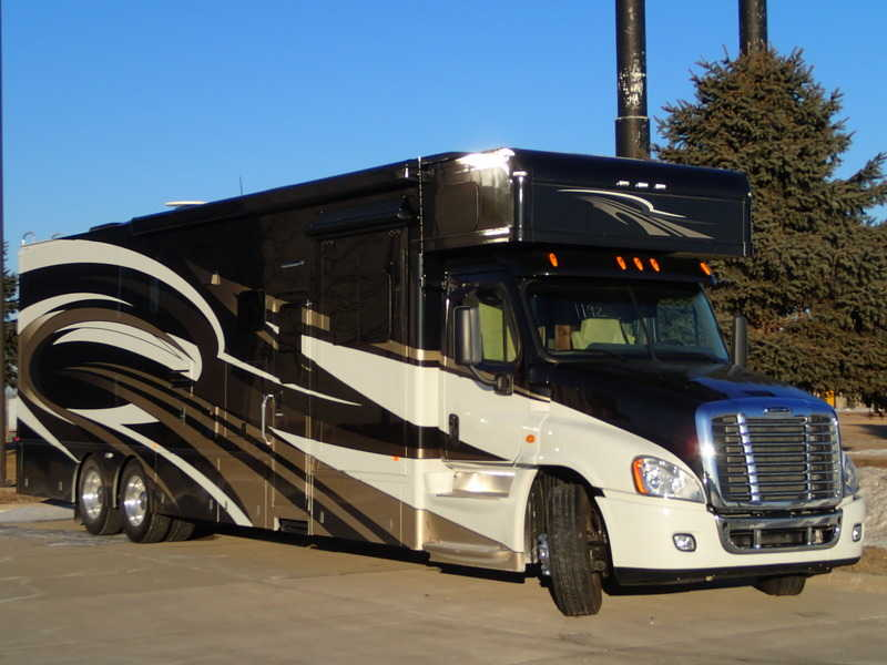 2014 Haulmark Haulmark Motorcoaches 4502ts Class A