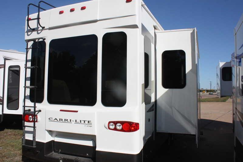 2011 Carriage Carri-Lite 36MAX1