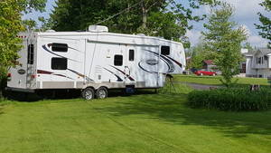 2008 Keystone Mountaineer 345DBQ
