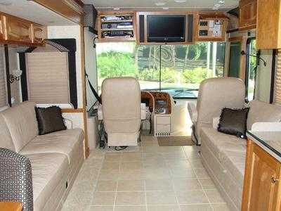 2007 Newmar Dutch Star 4035