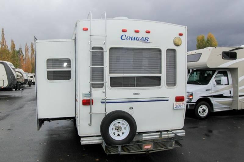 2002 Keystone Cougar 276EFS