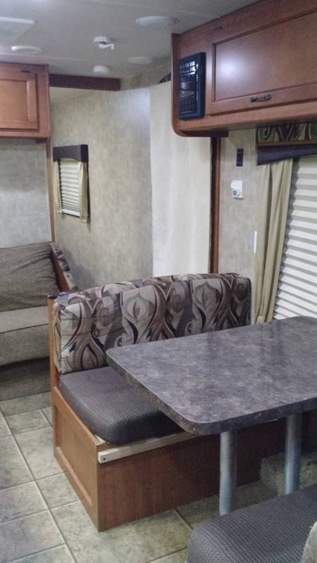 2011 Forest River V-Cross 26VBHS
