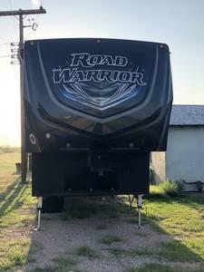 2017 Heartland Road Warrior 427